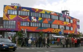 Wereldkunstprimeur voor Hotel Ten Cate in Emmen