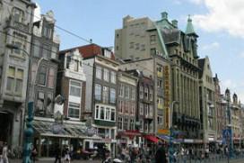 Amsterdam blijft strijden tegen horecaman Barazani