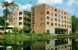 Hotel Mitland sluit zwembad na vervuiling