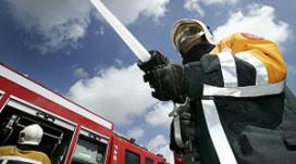 Grote brand verwoest partycentrum Saasveld