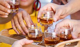 Onderzoek: ouder lapt alcoholwet aan laars, niet horeca