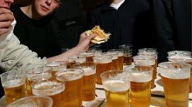Rechter eist duidelijkheid van gemeente over drankketen Urk