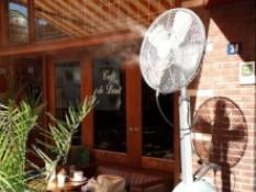 Vernevelingsmachine om horecaterras te koelen
