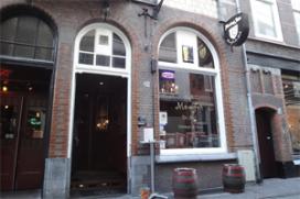 Café Top 100 nummer 32: Momfer de Mol, Den Haag