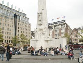 Amsterdam en Londen populairst bij Nederlandse toerist