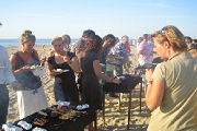 BeachBrancheBarbecue: warm, druk, gezellig en vooral warm
