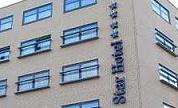Star Hotel helpt stormslachtoffers
