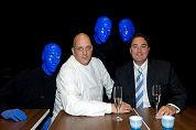 Den Blijker catert bij kale blauwe mannen