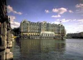 Amstel Hotel blijft voorlopig dicht