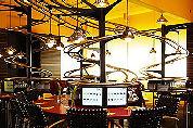 Duits restaurant vervangt obers door rails