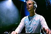 Dj Armin van Buuren wint Popprijs