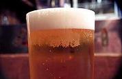 Bierprijs fors omhoog, politiek eist direct onderzoek