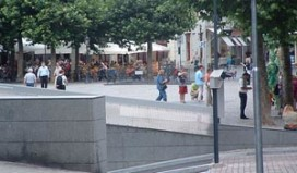 Horecaman Hoen uit Maastrichtse raad