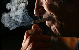 Rechtszaak om roken in kleine cafés