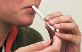Cafés uit protest tegen rookverbod dicht