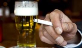 Agent geslagen door irritatie rookverbod