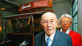 Grote man achter Palm bier overleden