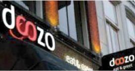 Doozo-baas opent feestcafé
