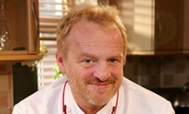 Tv-kok Worrall sluit vier restaurants