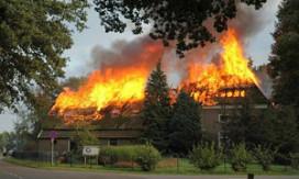 Afgebrand hotel start actie op Hyves