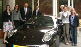 Prestaties Crown Plaza Maastricht beloond met Porsche