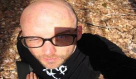 Veganistische popster Moby strikt Belgische cateraar