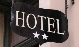 Hotelprijzen deze maand fors lager