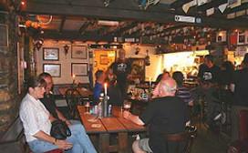 Ingesneeuwd in hoogste Britse pub