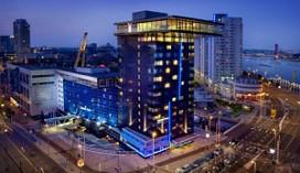 Personeel GT Rotterdam-Centre slaat overval af