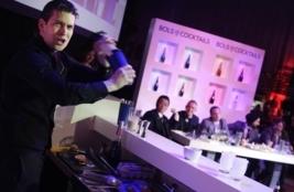 Timo Janse beste cocktailshaker ter wereld
