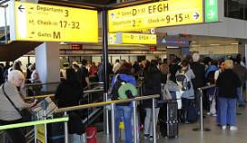 Schiphol annuleert ongeveer 500 vluchten