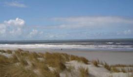 Meer schone stranden en jachthavens
