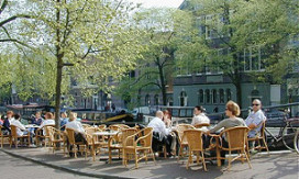 Nijmegen goedkoopste, Amsterdam duurste terrasstad