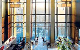 Compleet hotel voor één nacht te huur
