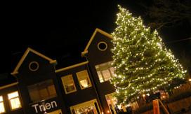 Nieuw restaurant stunt met reusachtige kerstboom
