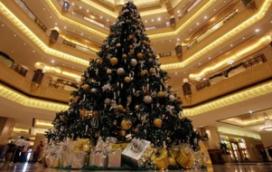 Hotel heeft peperdure kerstboom van 8 mln euro