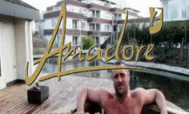 John de Wolf in tv-commercial Amadore