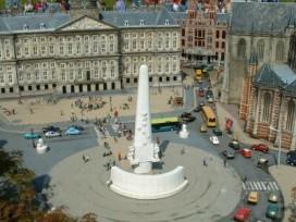 Amsterdam onderzoekt 24-uurs horeca