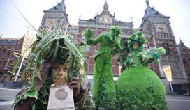 DoubleTree deelt koekjes uit in Amsterdam
