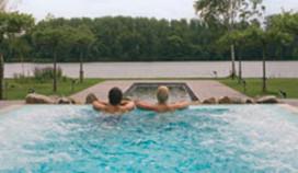 Wellnessresort Veluwse Bron wil eigen hotel