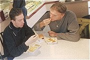 'Jongeren eten bewust ongezond