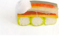 Bisque van Noordzeekrab met licht gepekelde sardine en espuma van citroen (Peter Lute)