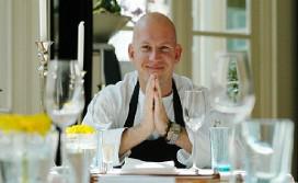Toine Smulders serveert menu van 25 gangen
