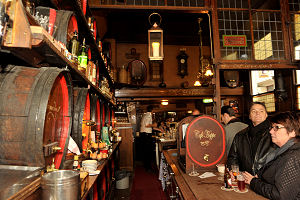Café Hoppe in Amsterdam wint Café Top 100