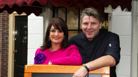 Jonnie en Thérèse Boer: Lekker 2015 spannend als je verhuizing hebt aangekondigd