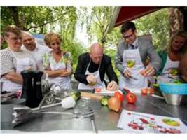 Haagse ouderen koken en bewegen samen