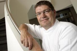 Topchef Paul van Staveren stapt in maaltijdenservice Doortje Kookt