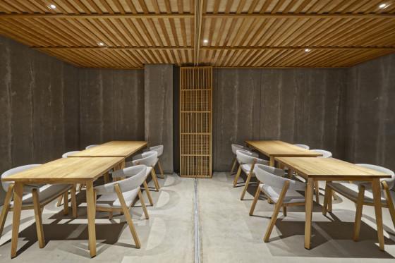 20 nozomi sushi bar masquespacio cualiti photo studio  560x373