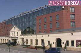 Exclusieve video: het EK-hotel van Oranje