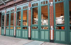Foto's opening Foodhallen Amsterdam